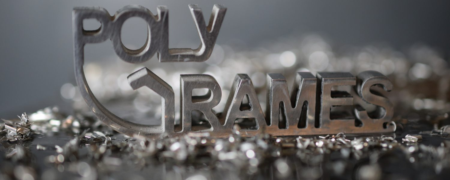 Poly-Grames_metal_web
